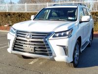 "SELLING MY CAR 2016 ""LEXUS LX 570 JEEP FULL OPTION"""