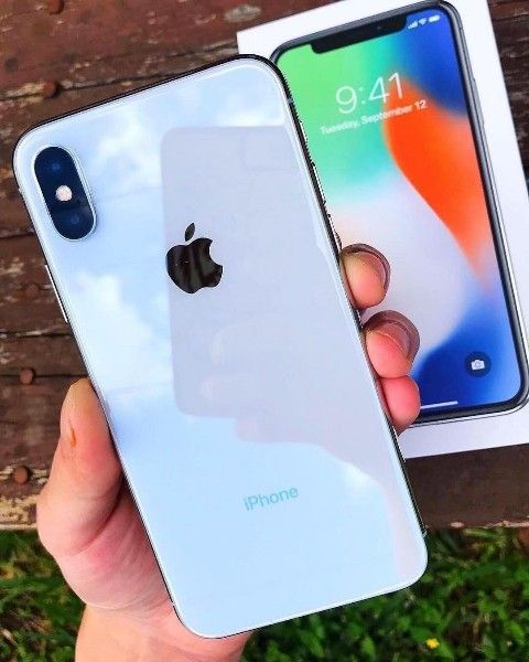 Apple iPhone x 64gb € 390 iPhone x 256gb € 429 iPhone 8 Plus € 350