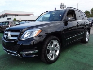 For sale 2015 Model Mercedes-Benz GLK-Class 350 in excellent