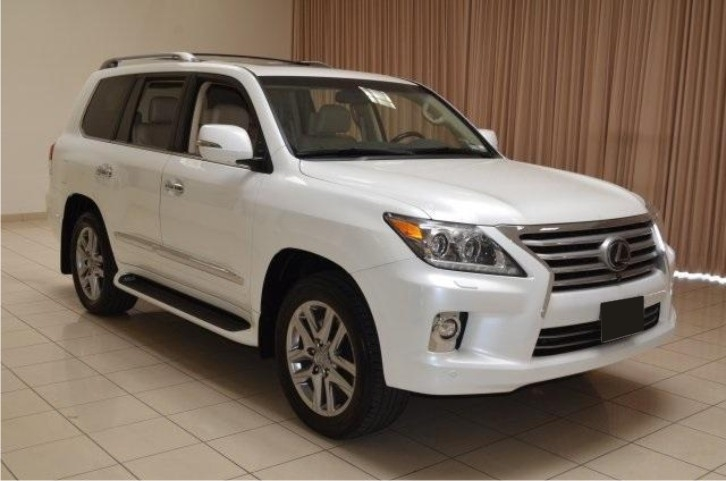 WTS:- SUV Lexus LX 570 2014 Full Options