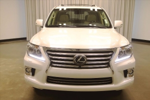 Auction!   LEXUS LX-570 2014 TO SALE THE CAR IS LETER HAND DRIVE JANPN
