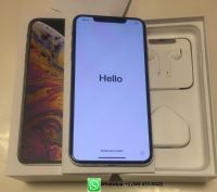 Apple iPhone XS Max 512GB Unlocked == $700
