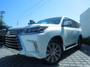 used Lexus LX 570 2016 for just $25,000 USD, WhatsApp CHAT:.+23490777